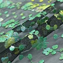 浅绿色春夏季绣花女装涤纶化纤面料