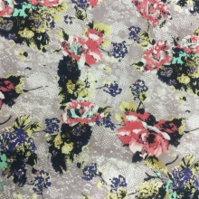 春夏季棉布休闲花卉女装涤纶化纤面料