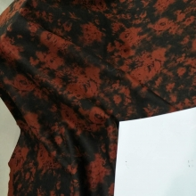 秋冬时尚女装印花面料 欧雅呢印花 各种爆款等你来选